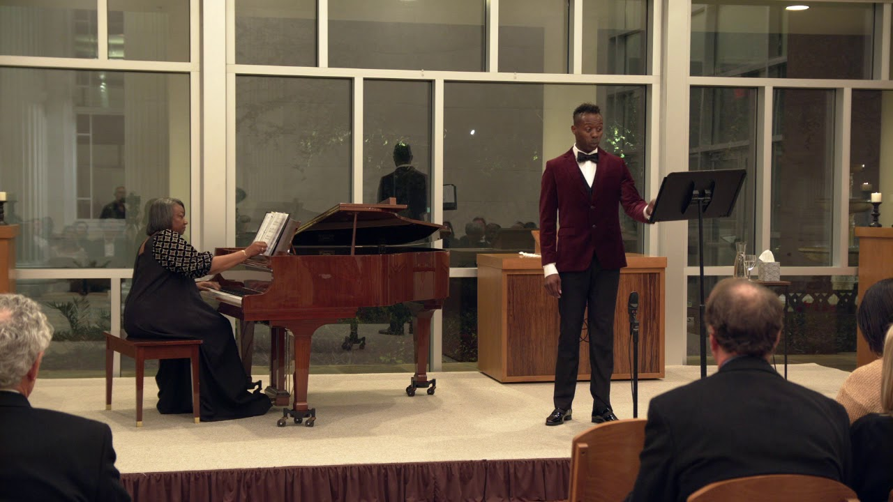 Donovan Black (countertenor), Dr. Barbara M. Bouie (piano) - 'Qui sedes'  by Vivaldi