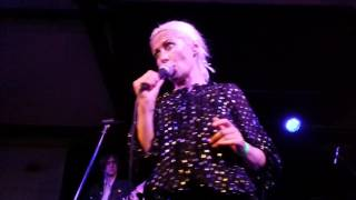 WENDY JAMES IF LOOKS COULD KILL THE VENUE DERBY 1/6/2016
