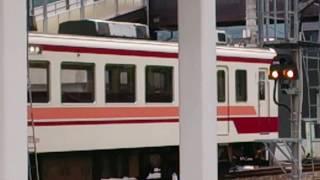 6時57分発の新藤原行き、東武鉄道6050形