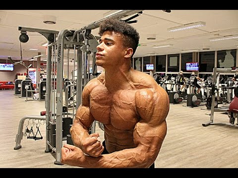 Massive Chest Workout with Musclemania Athlete Onome Egger
