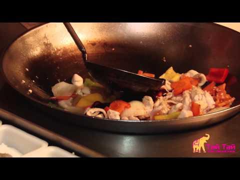 Куриное филе с овощами (Курица тепан)