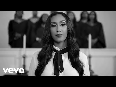 Queen Naija - Mama's Hand (Official Video)