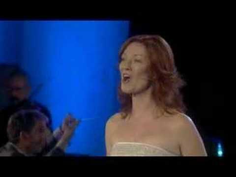Celtic Woman - A New Journey - Newgrange
