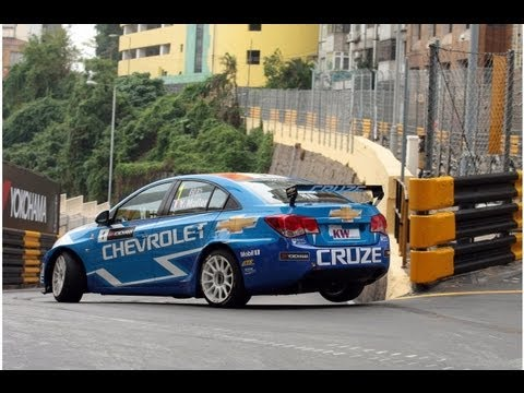 (UK) Macau qualifying - Huff, Muller, Menu and Coronel go into the final 2012 battle of the FIA WTCC