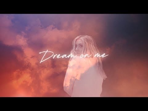 Смотреть клип Ella Henderson X Roger Sanchez - Dream On Me