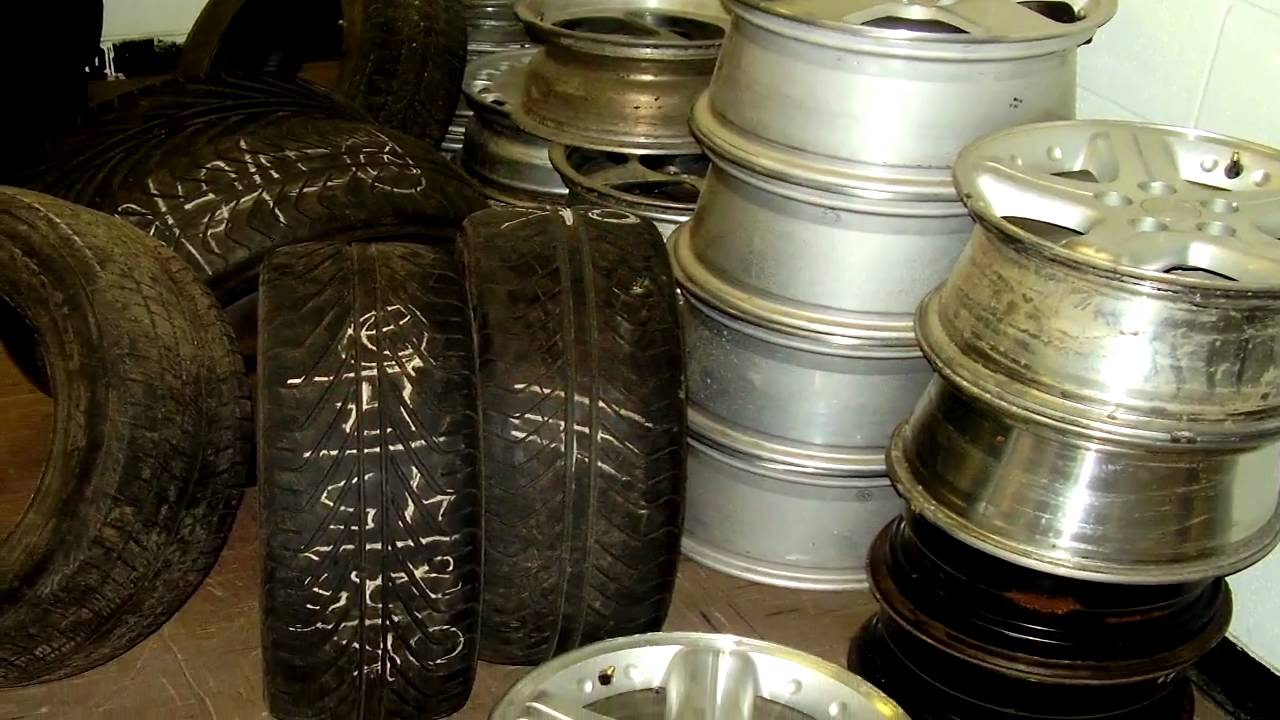 discount used tires wholesale used performance tires and wheels and rims truck tractors tires. Black Bedroom Furniture Sets. Home Design Ideas