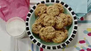 Cookie Recipes - How To Make Chocolate Chip Oatmeal Peanut Butter Cookies