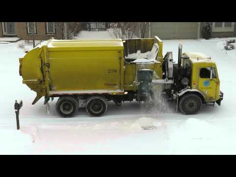 Columbus trash collection: Let it snow