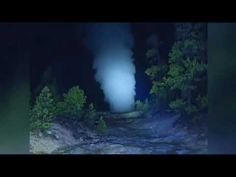 Steamboat Geyser in Yellowstone Park erupts