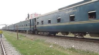 2707-67 chottola express leaving narsinghdi station