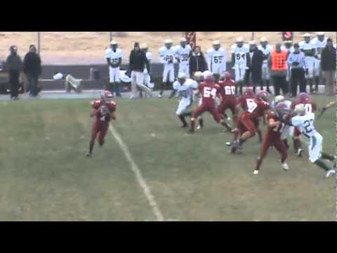11-13-10 - Eric Garcia finds Vince Albo for 11 yards