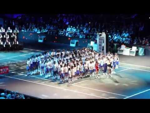 Songfestival medley van ZangExpress o.b.v. het Metropole orkest.