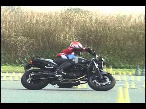 2011 11 13 Dunlop Moto Gymkhana Okagym BMW F800R heat 1