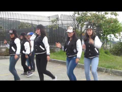 XOXO EXO (Dance cover Black Roses)