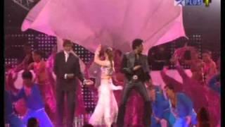 Repeat youtube video Aishwarya Rai Kajra Re  IIFA high quality