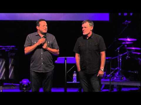 Construyendo Familias (Pastor John Brady) 08.11.13