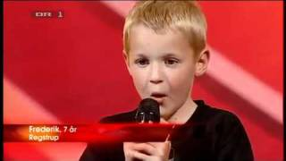 Repeat youtube video Turkey Got Talent - Amazing 7 year old beatboxer