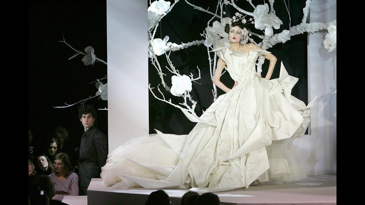 spesso Christian Dior Haute Couture Spring/Summer 2007 - YouTube GX98