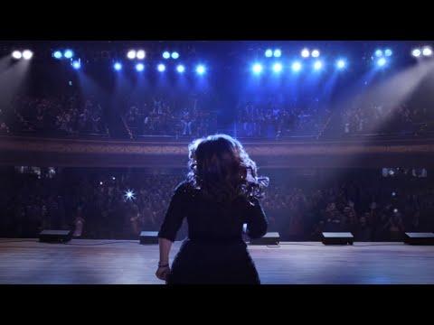 Kelly Clarkson's CITIZEN TV Commercial - Sunrise (EM0320-59D)