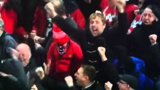 Man United fan asleep (I hope!) during 4th goal of 4-3 win against the Mags! NOT TEXTING!