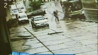 Flagrante: poste salva homem de atropelamento por ônibus no Rio