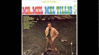Watch Mel Tillis At The Sight Of You video