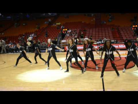 U MIAMI KAOS HEAT GAME PERFORMANCE- November 8th 2015