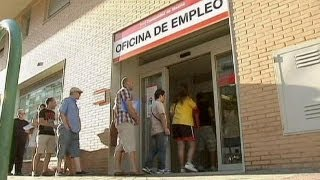 Tourist season end means Spanish jobless rise - economy
