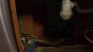 Не подаётся вода в посудомоечную машину.(Если вы включили машину,и нет воды,то не спешите вызывать мастера,починить можно самому., 2016-01-09T08:36:51.000Z)