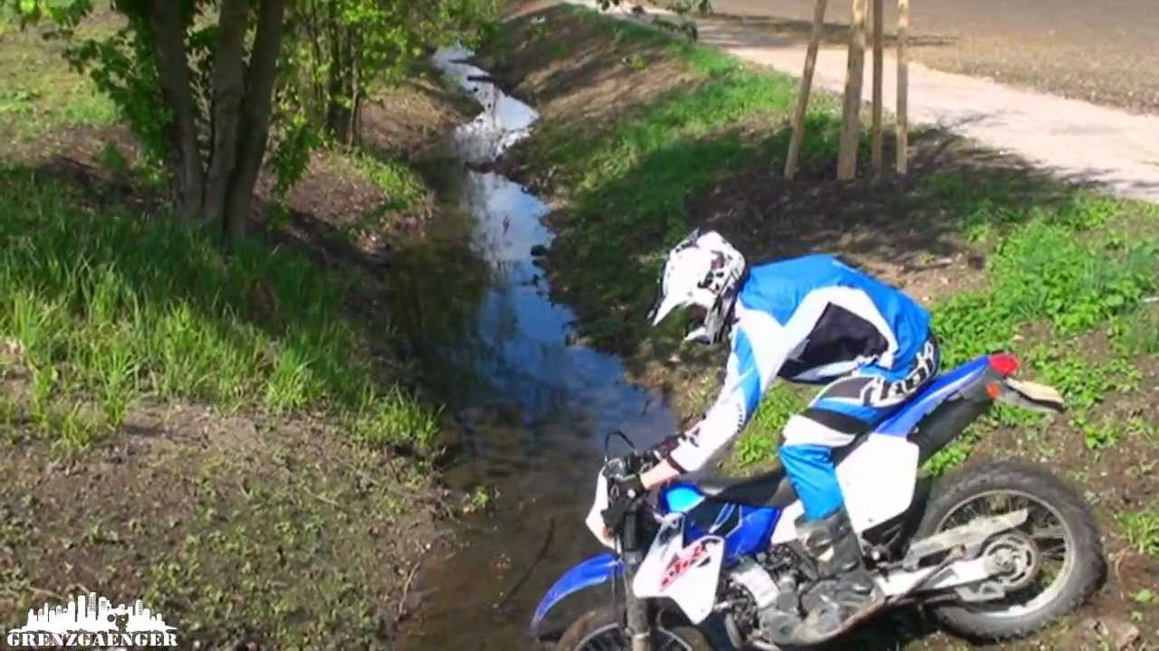 DRZ 400 - First offroad experience - YouTube