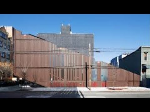 Incredible!Carroll Shipping Container House