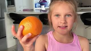 видео для детей: английский с Алисой. Урок 2: фрукты и цвета