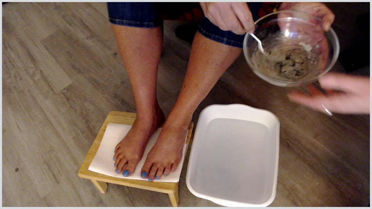 Diy Detox Foot Bath With Bentonite Clay Apple Cider