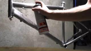 Как и чем покраска рамы велосипеда из алюминия или нержавейки в домашних условиях.(Мой ВК https://vk.com/id263241899 Полезные видео с моего канала, о ремонте велосипеда. 1) Задняя втулка колеса обслуживан..., 2014-12-30T21:34:54.000Z)