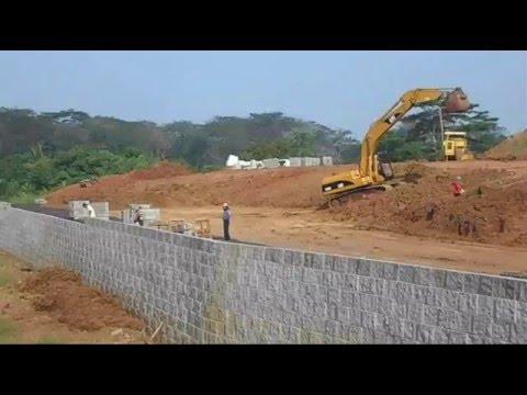 Pemasangan Blok Beton Dinding Penahan Tanah Anchor Wall