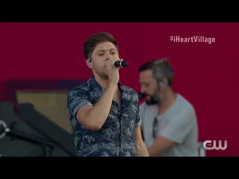 Slow Hands - Niall Horan (Live at IHeart Village 2017)