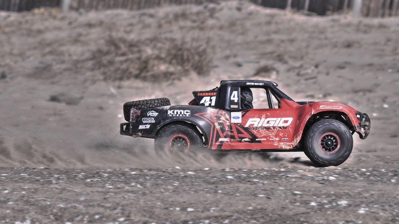 Traxxas Unlimited Desert Racer UDR 6S Off Road Bash