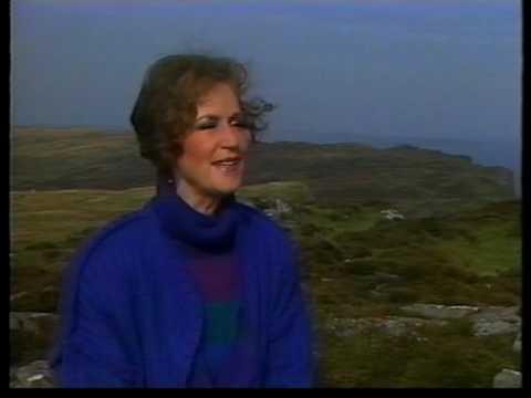 Quiet Land of Érin - Mary O'Hara