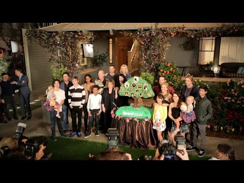 'Parenthood' Cast Talks Final Season, Will Joel and Julia Finally Reconcile?