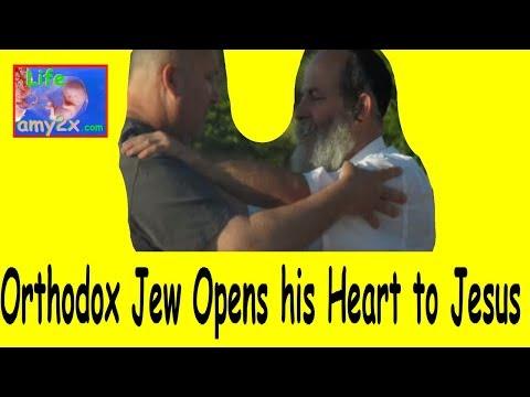 Orthodox Jew Opens his Heart to Jesus