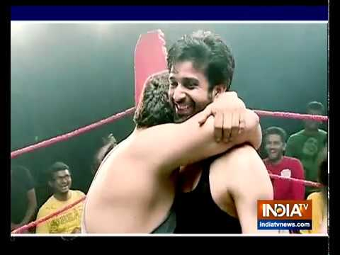 Why Is Zaroon Fighting It Out Hard In The Fighting Ring In Sufiana Pyaar Mera
