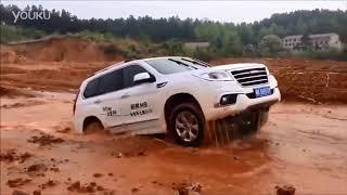 видео Большой китайский Haval H9 против японцев Toyota Fortuner и Mitsubishi Pajero Sport — Тест-драйв — Motor