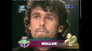 "Mallar performing ""Is pyaar ko main kya naam du"" in Amul Star Voice of India"