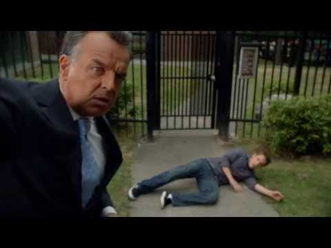 Ray WIse as The Devil  Reaper S02E02 Part 2  Devil kills a demons