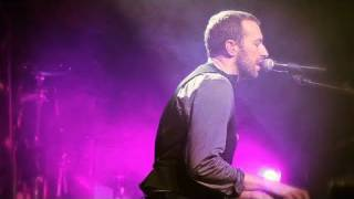 coldplay christmas lights live from liverpool