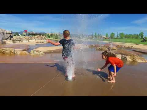 Wardle Fields Regional Park & Splash Pad