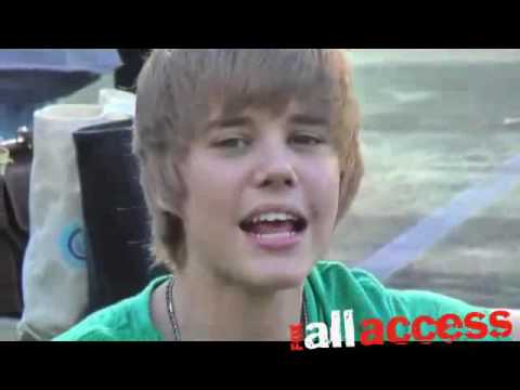 Justin Bieber singing Heartless and One Time Live
