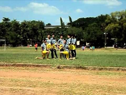 โรงเรียนนครขอนแก่นหลีดทีมสีเหลือง