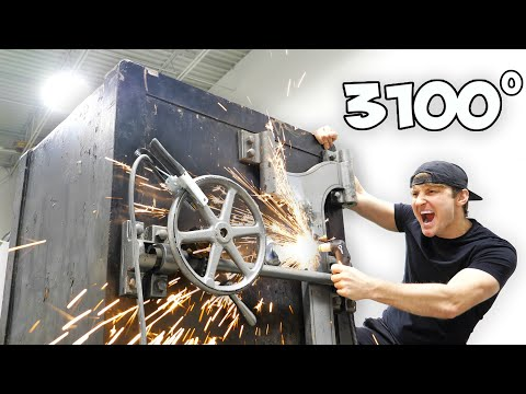 Breaking Into An Abandoned 100 Year Old Safe With A Plasma Cutter!!