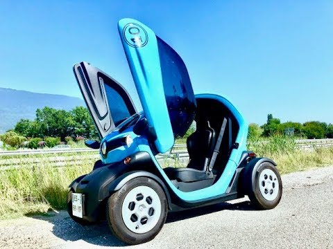 retrait de permis la solution 100 lectrique renault twizy 45 sans permis en location youtube. Black Bedroom Furniture Sets. Home Design Ideas